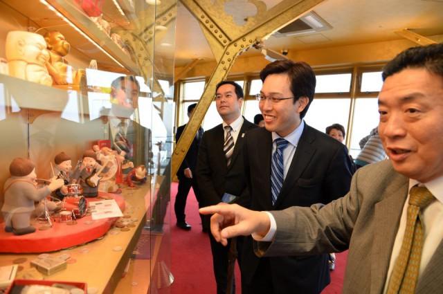 大阪のシンボルタワー「通天閣」にて(4月24日)