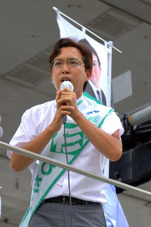 (7月15日、湊町付近にて)