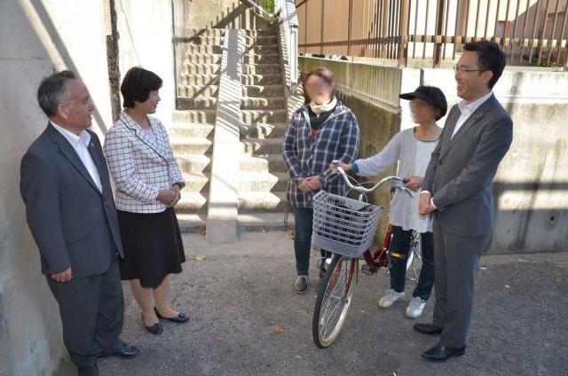 参議院議員杉ひさたけ 四條畷市で自転車スロープの設置が実現